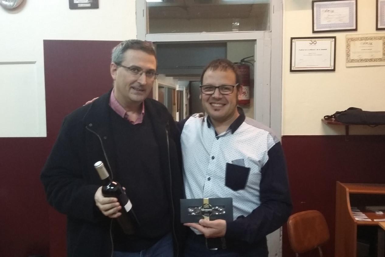 L'Albert Rodríguez i el Carles Cassanyes, abans de la correcció de dades.